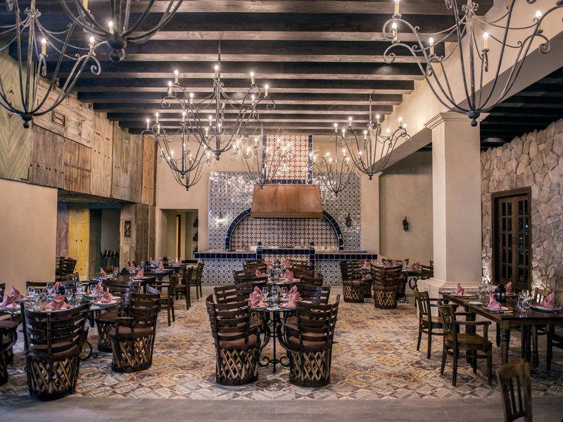 Hotel Royalton Riviera Cancun